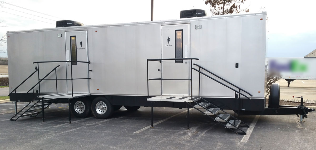 Indy luxury mobile toilet trailer rentals. Clean Indianapolis Portable Restrooms Trailers Showers   Indy