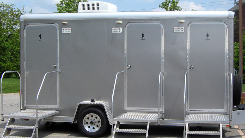 Portable Restroom Trailer Rentals Weddings Indianapolis Bathroom Trailer Rentals